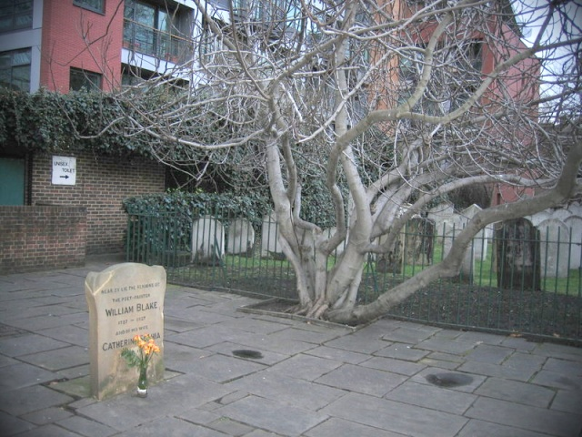 20060609132500!William_Blake's_grave_with_flower